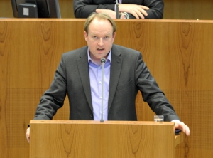 Torsten Sommer im Landtag NRW, Foto: Anke Knipschild