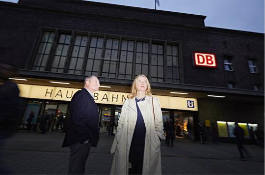 Heisenberg mit Burghart Klaußner und Caroline Peters (Foto: Thomas Rabsch)